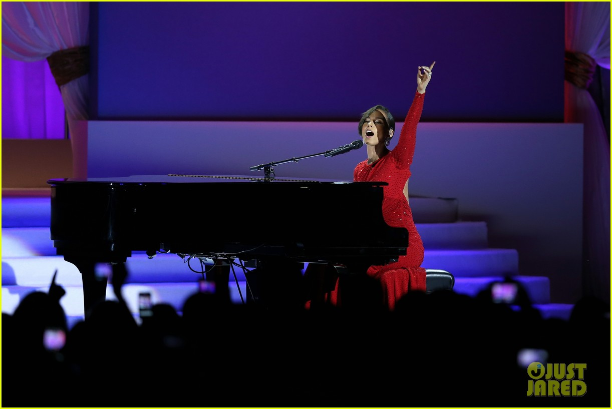 alicia keys inaugural ball performance 02