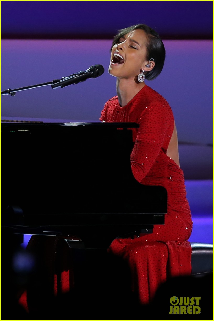 alicia keys inaugural ball performance 032796385