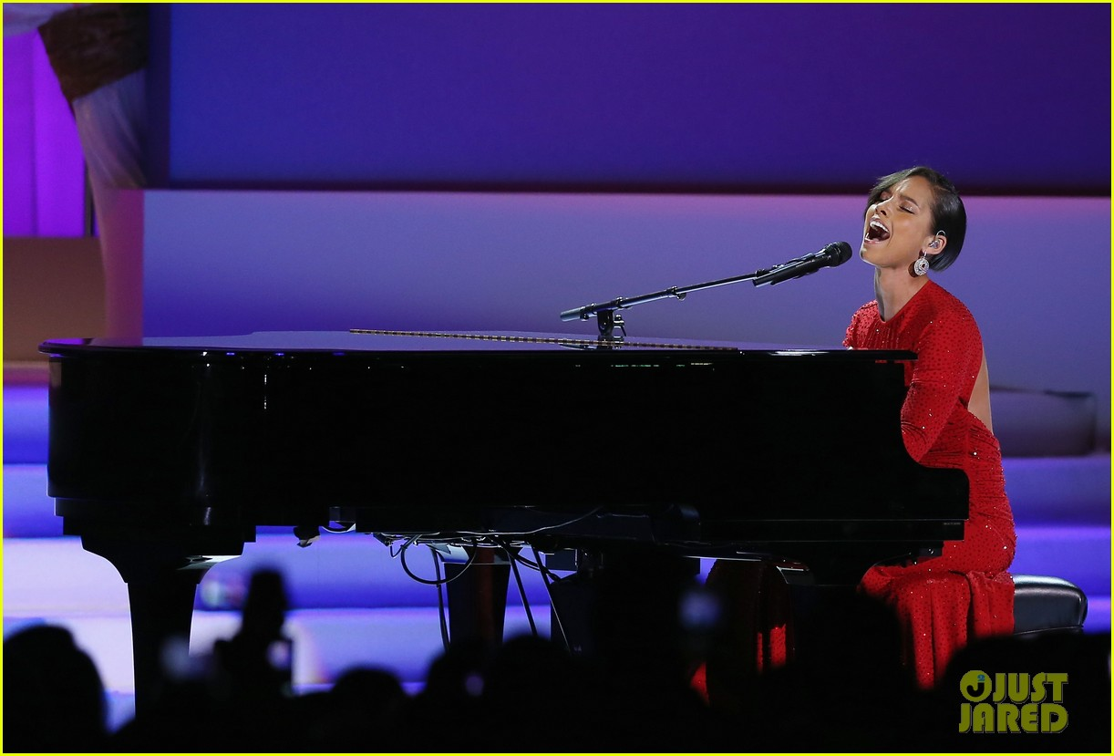 alicia keys inaugural ball performance 08