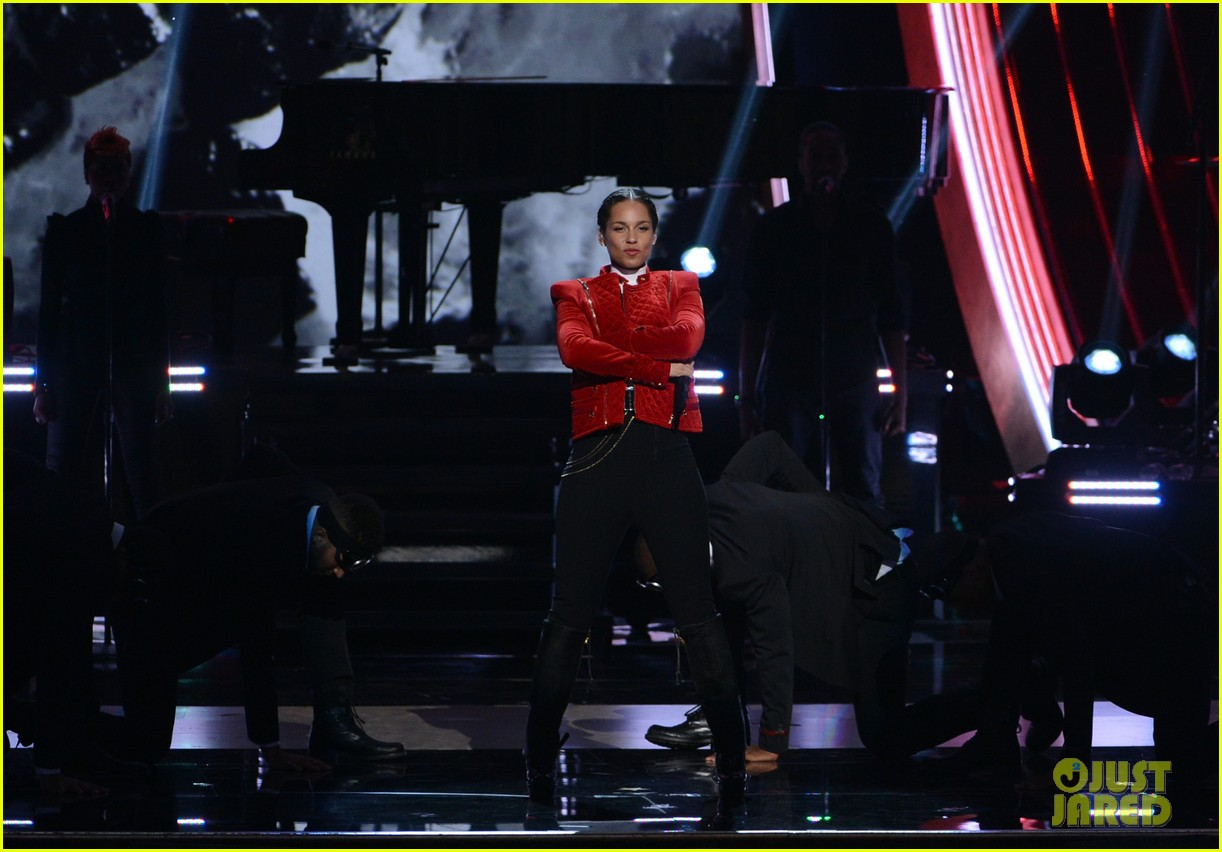 alicia keys peoples choice 2013 02