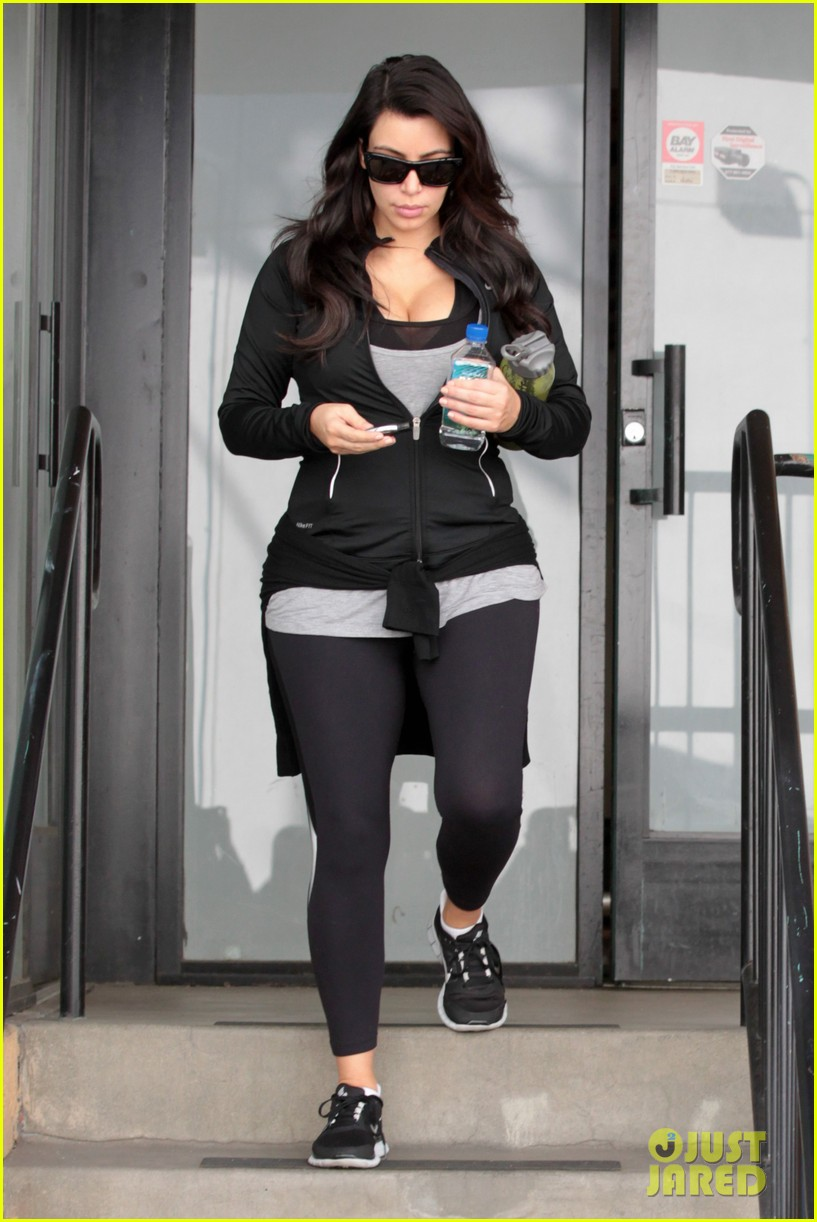kim kardashian my baby bump popped outta nowhere 132802036