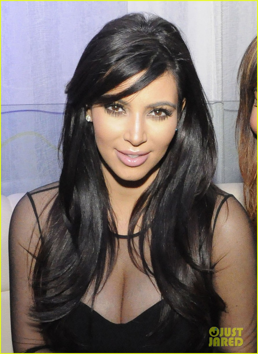 kim kardashian kourtney kim take miami premieres tonight 22