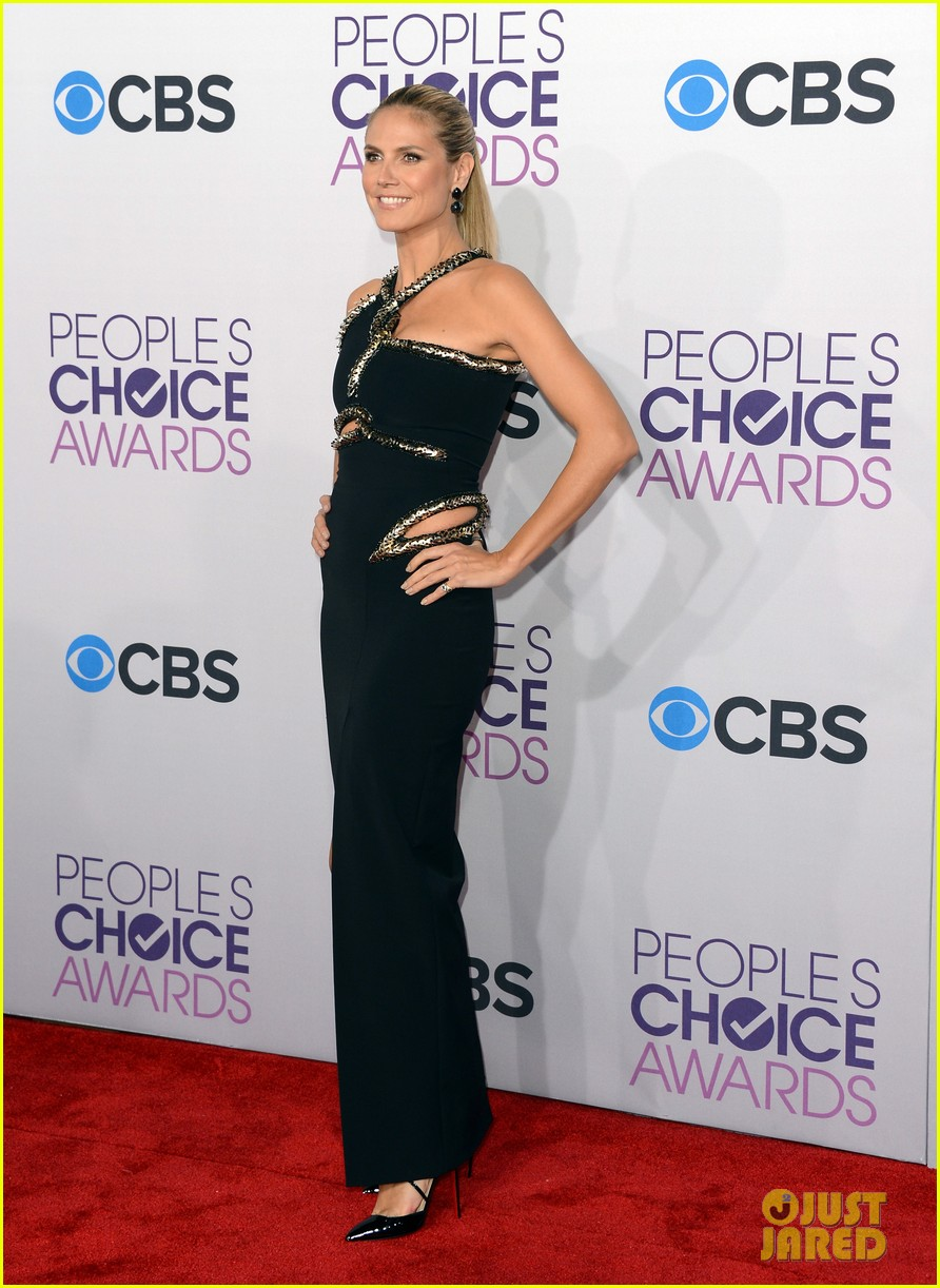 heidi klum peoples choice awards 2013 red carpet 01