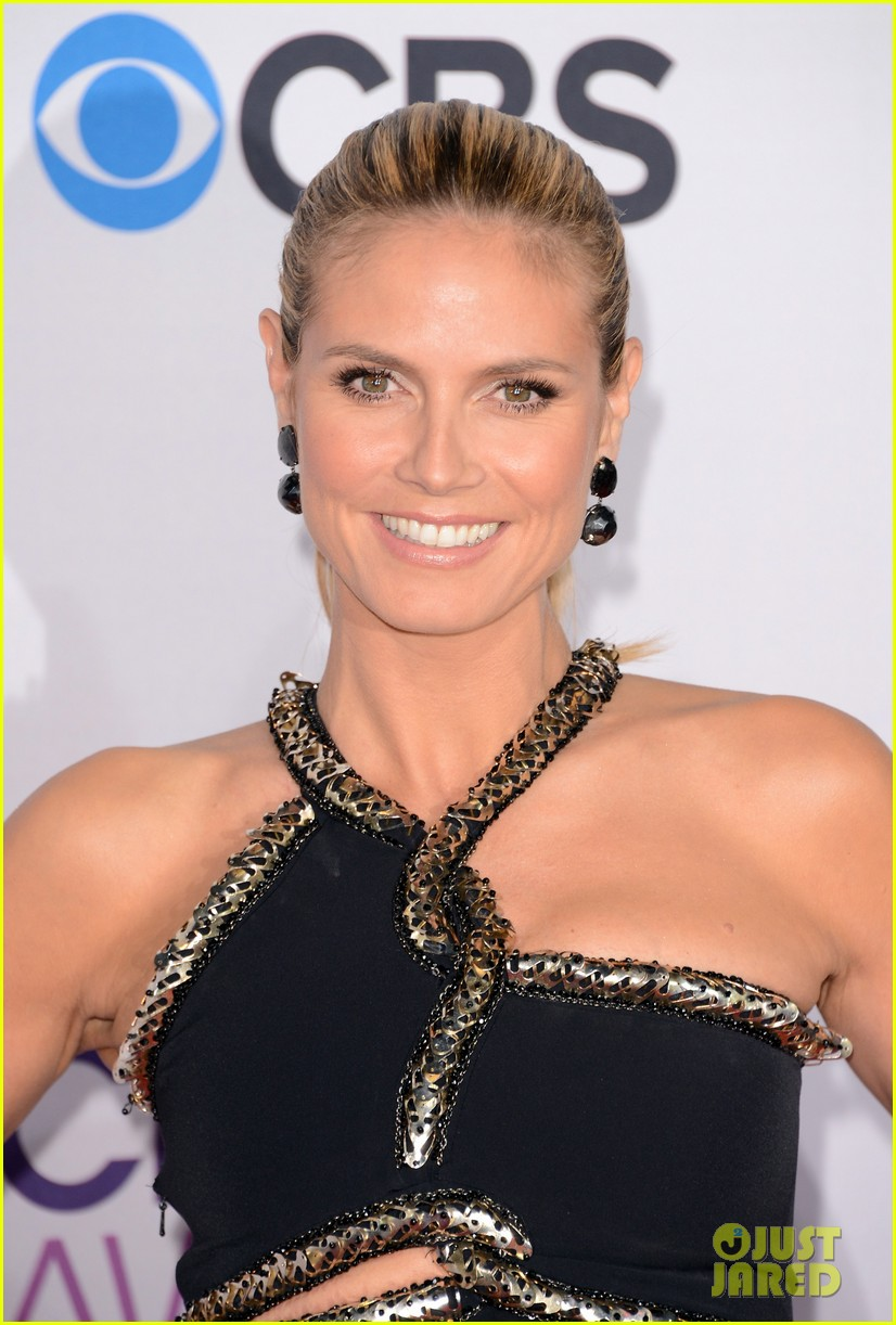 heidi klum peoples choice awards 2013 red carpet 02