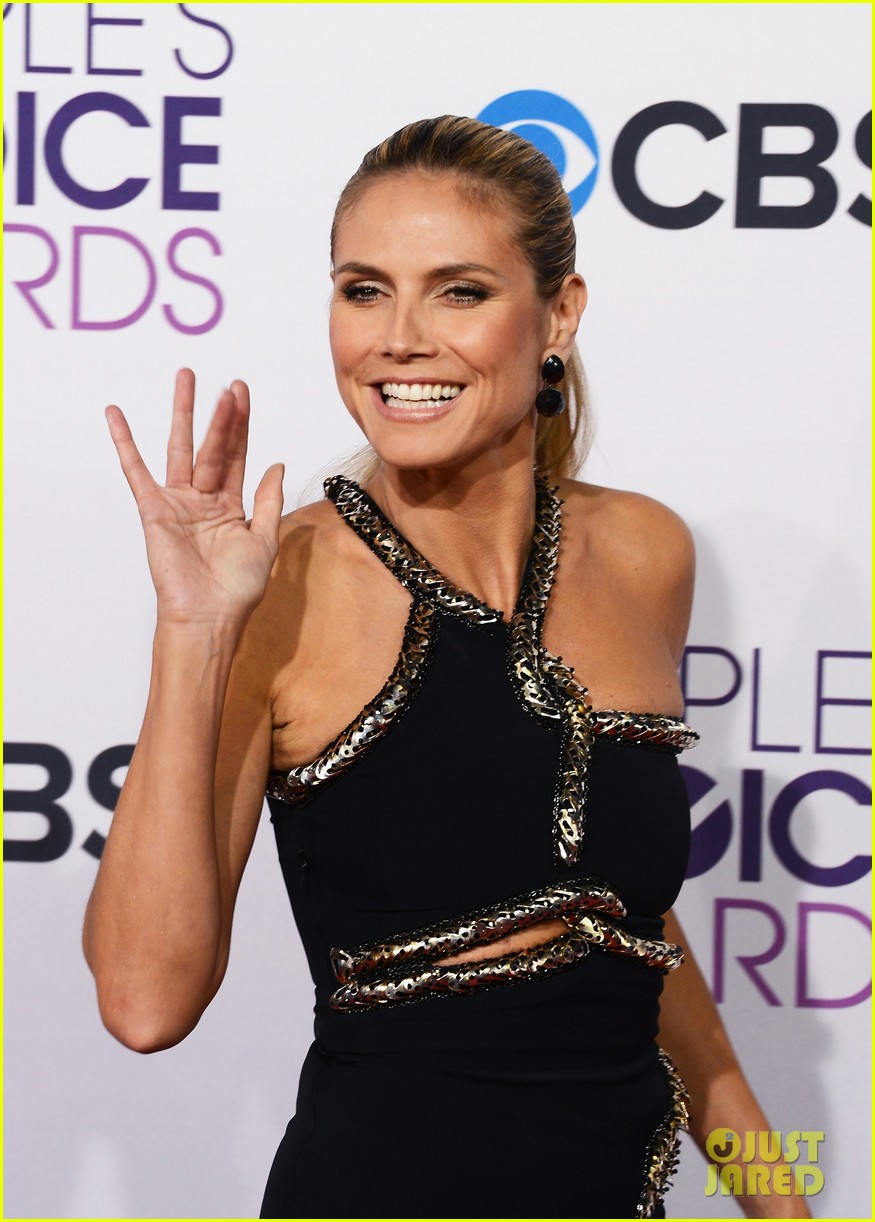 heidi klum peoples choice awards 2013 red carpet 08