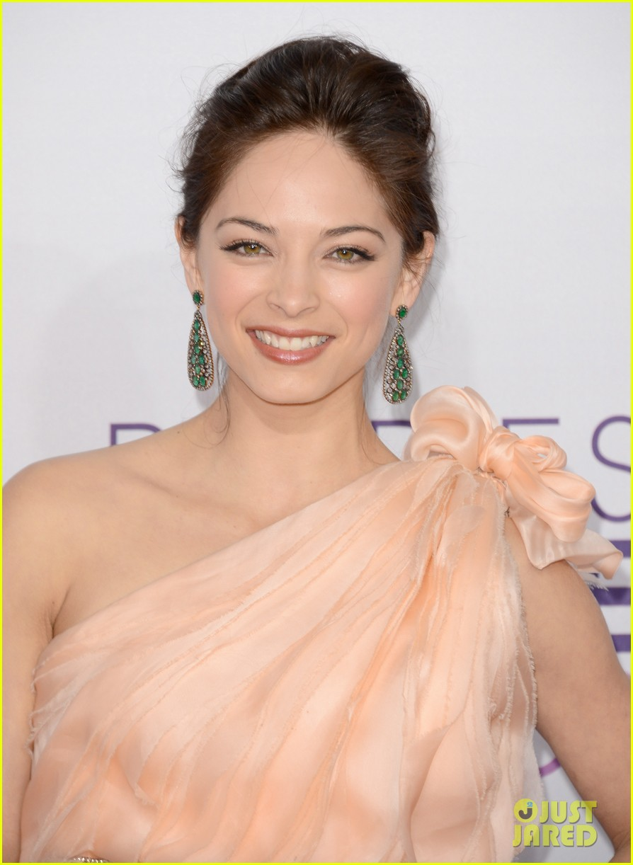 kristin kreuk jay ryan peoples choice awards 2013 02