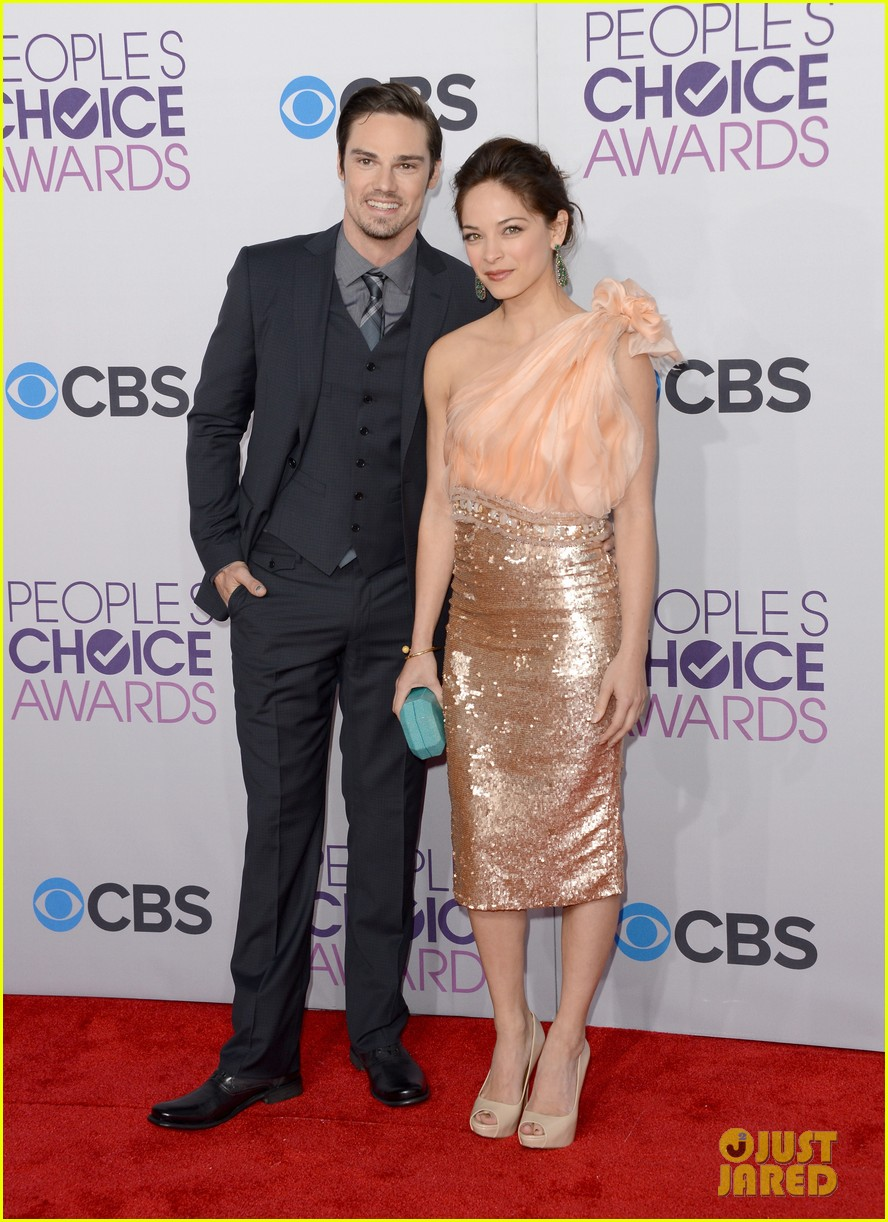 kristin kreuk jay ryan peoples choice awards 2013 07