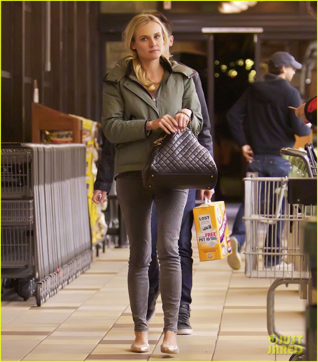 diane kruger gelsons grocery stop 022792621