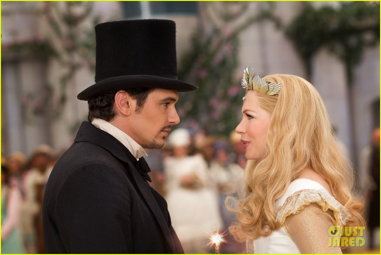 mila kunis james franco oz the great and powerful set visit 20