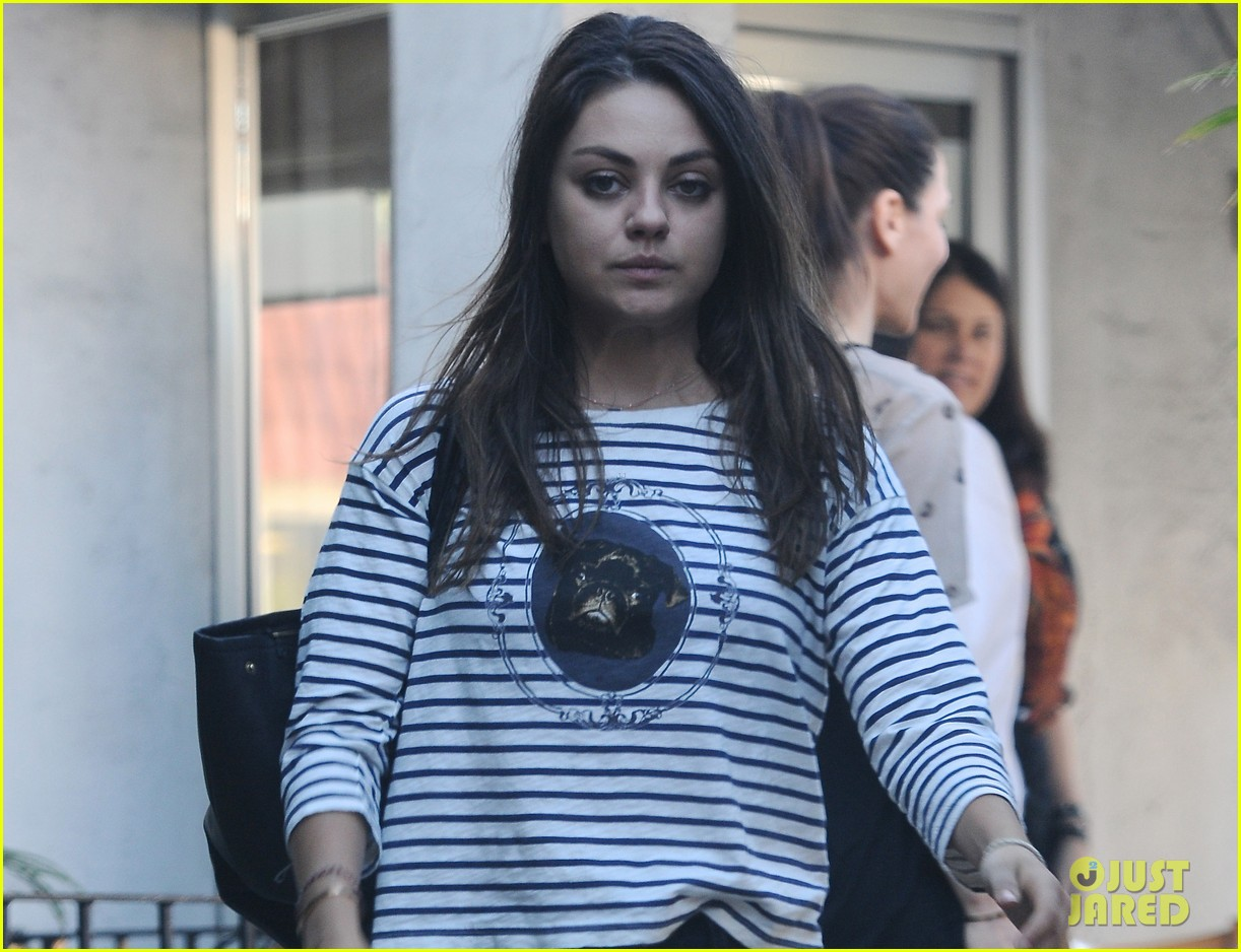mila kunis body cream ad banned in uk 03