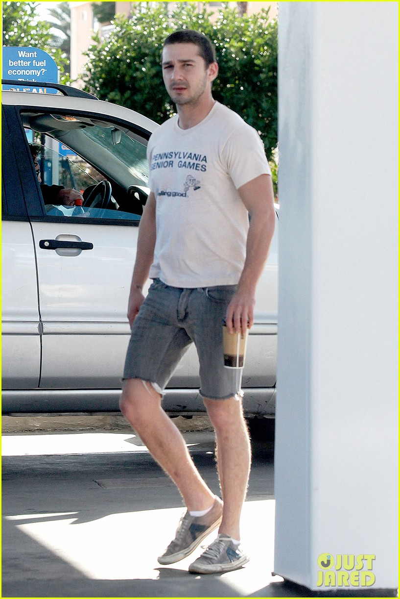 shia labeouf no more beard 04