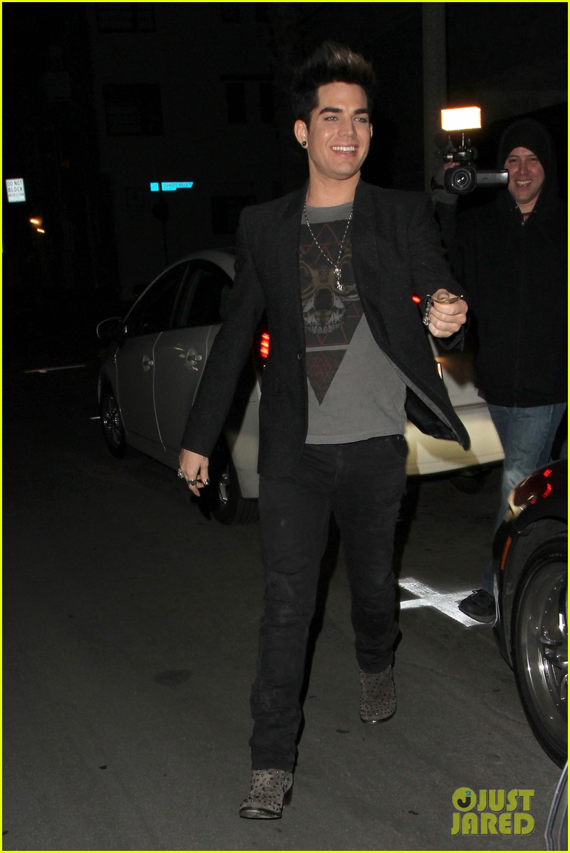 adam lambert omg officially 31 042800609