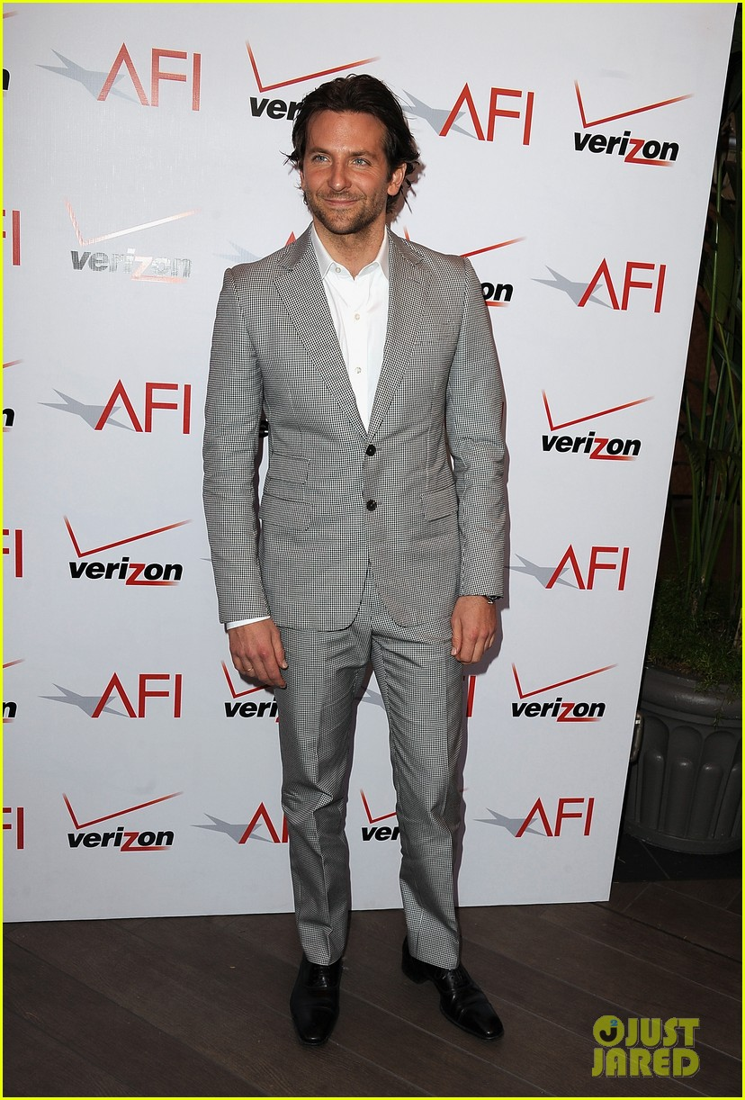 jennifer lawrence bradley cooper afi awards 2013 05