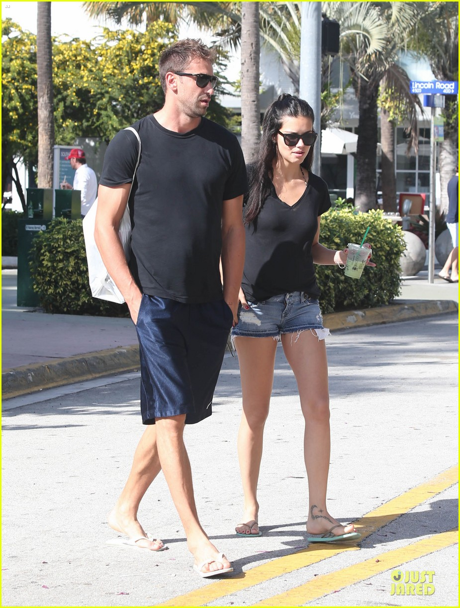 adriana lima chilling with husband marko jaric 122785236