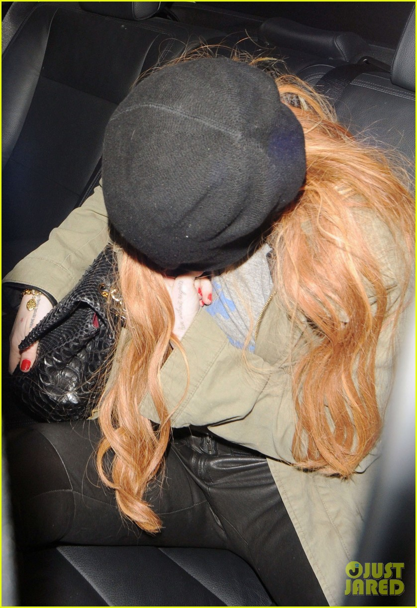 lindsay lohan rose club covert departure 082784647