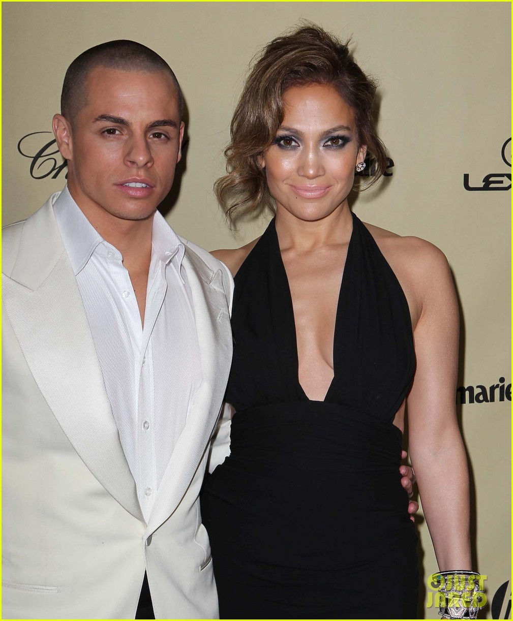 jennifer lopez casper smart golden globes parties 2013 15