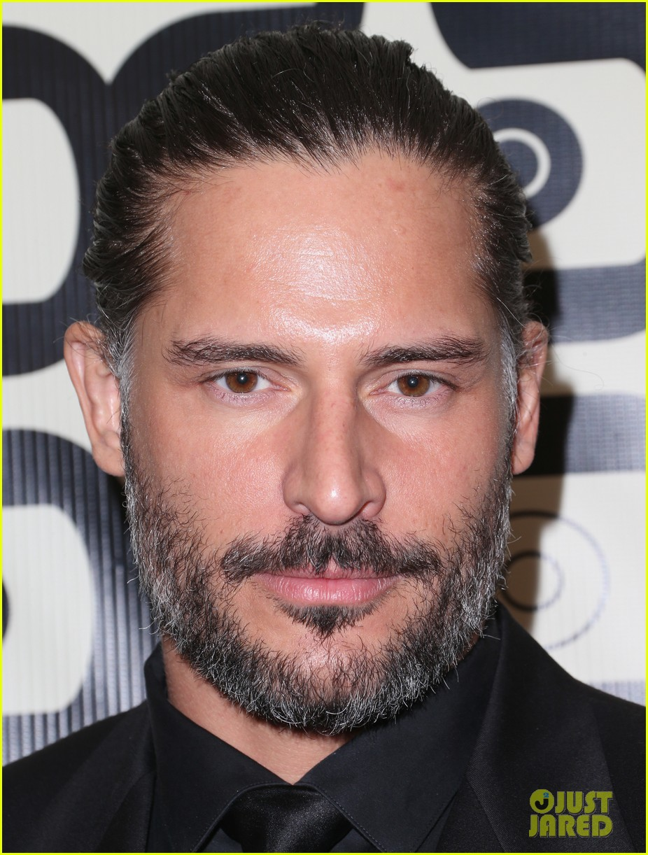 joe manganiello sam trammell golden globes parties 2013 02