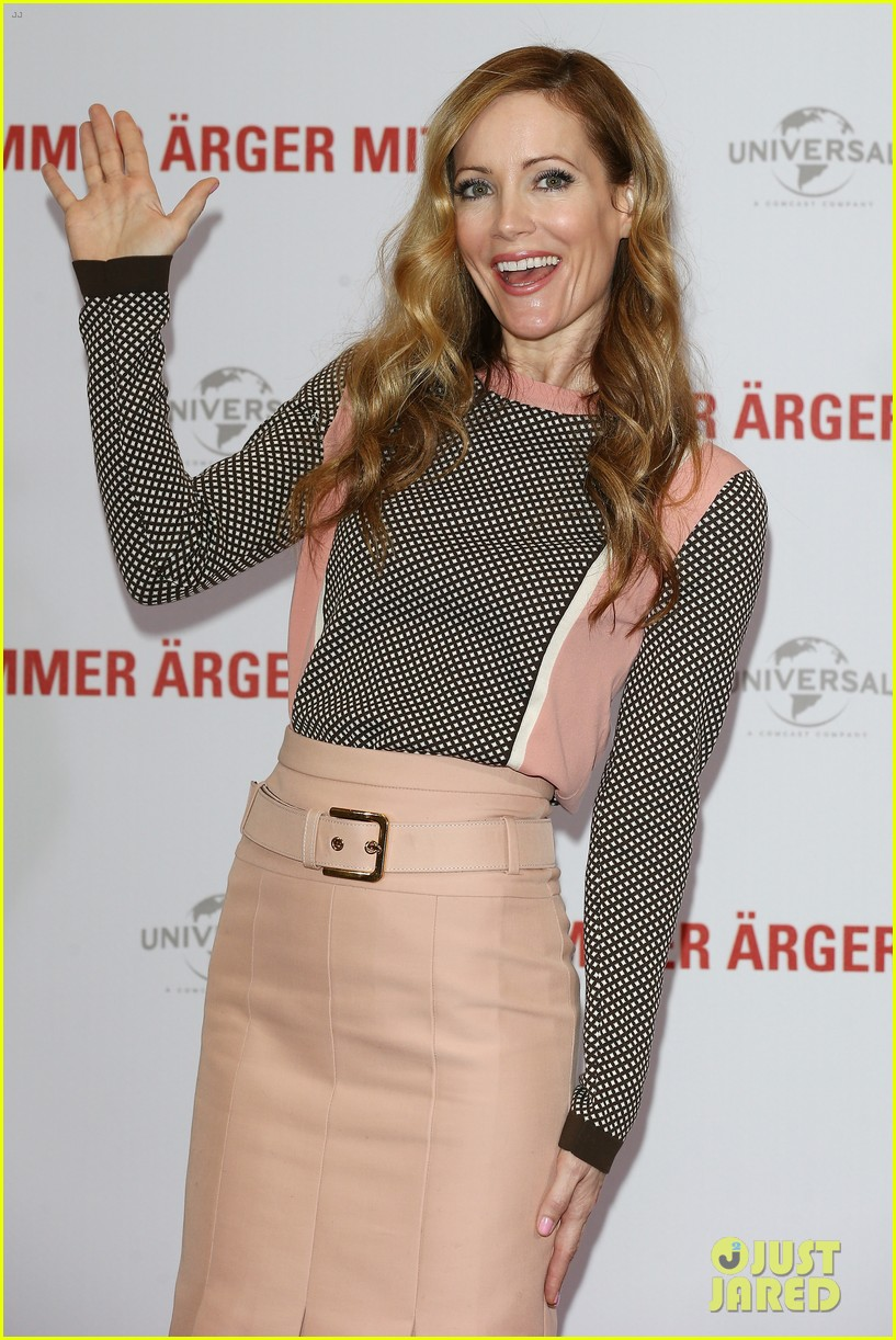 leslie mann paul rudd this is 40 berlin photo call 08