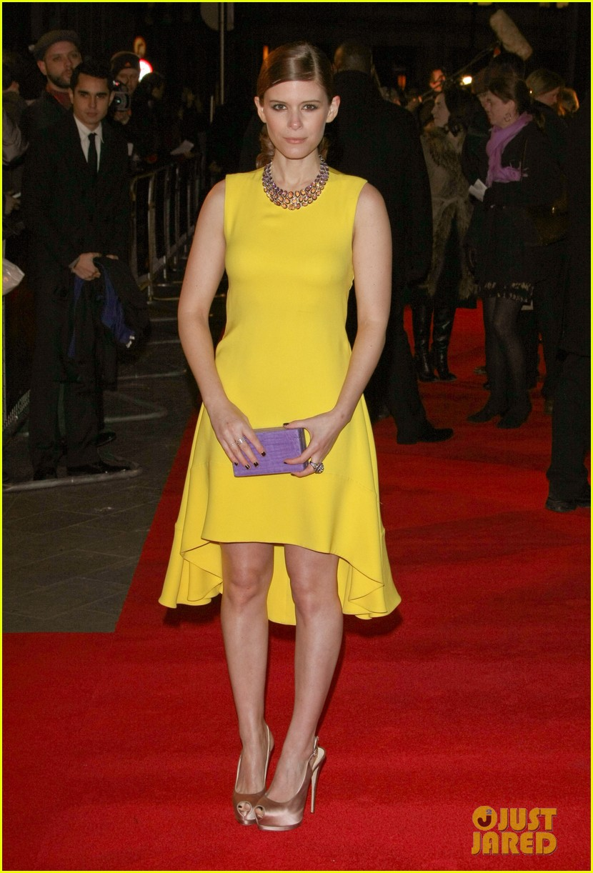 kate mara house of cards netflix premiere 01