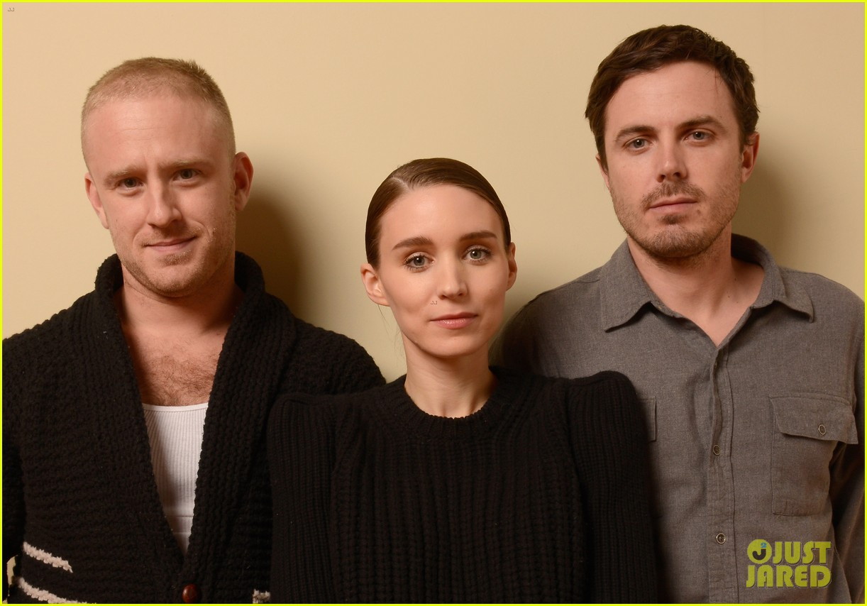 rooney mara aint them bodies saints premiere portraits 01
