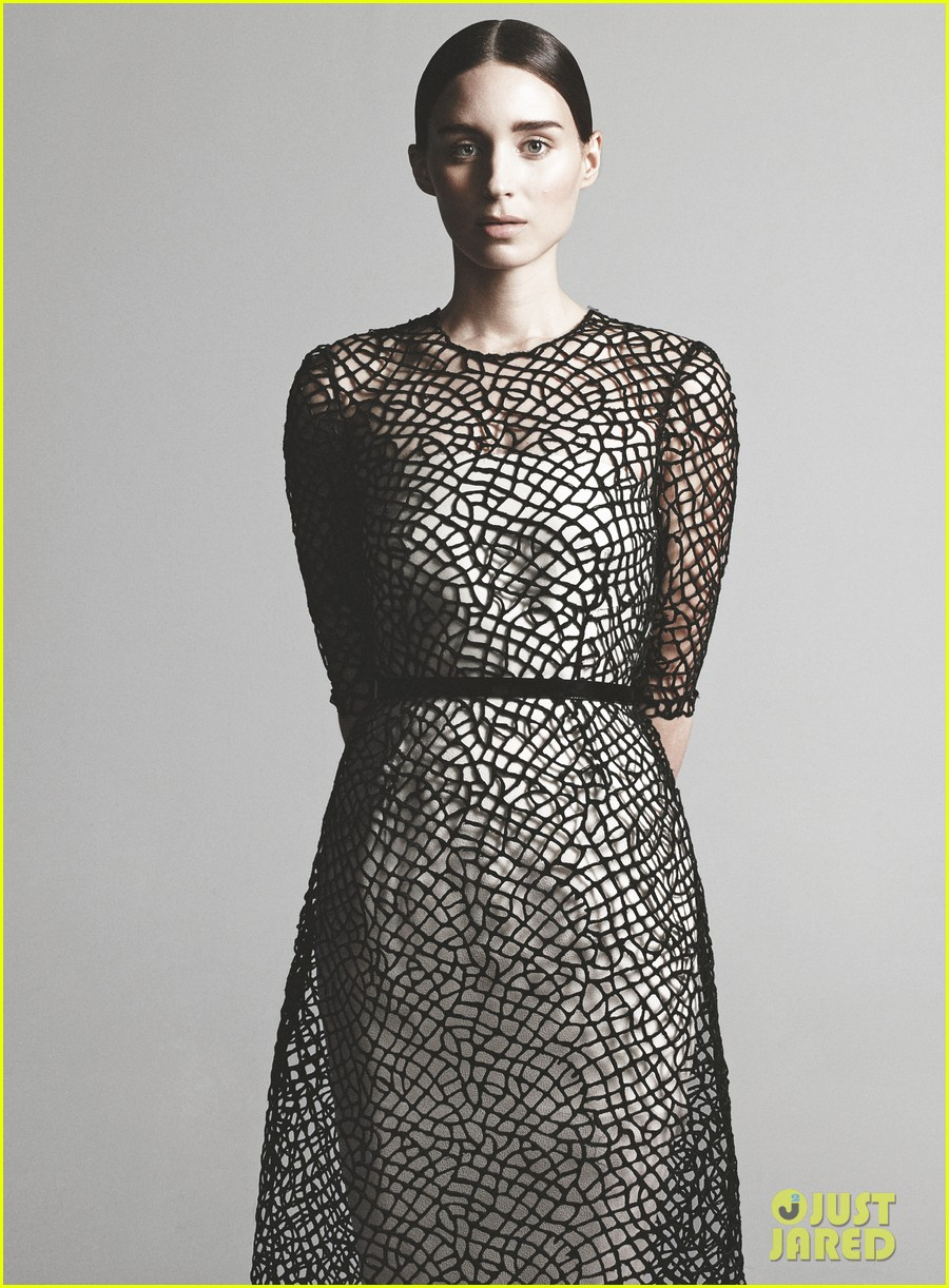 rooney mara covers vogue february 2013 01