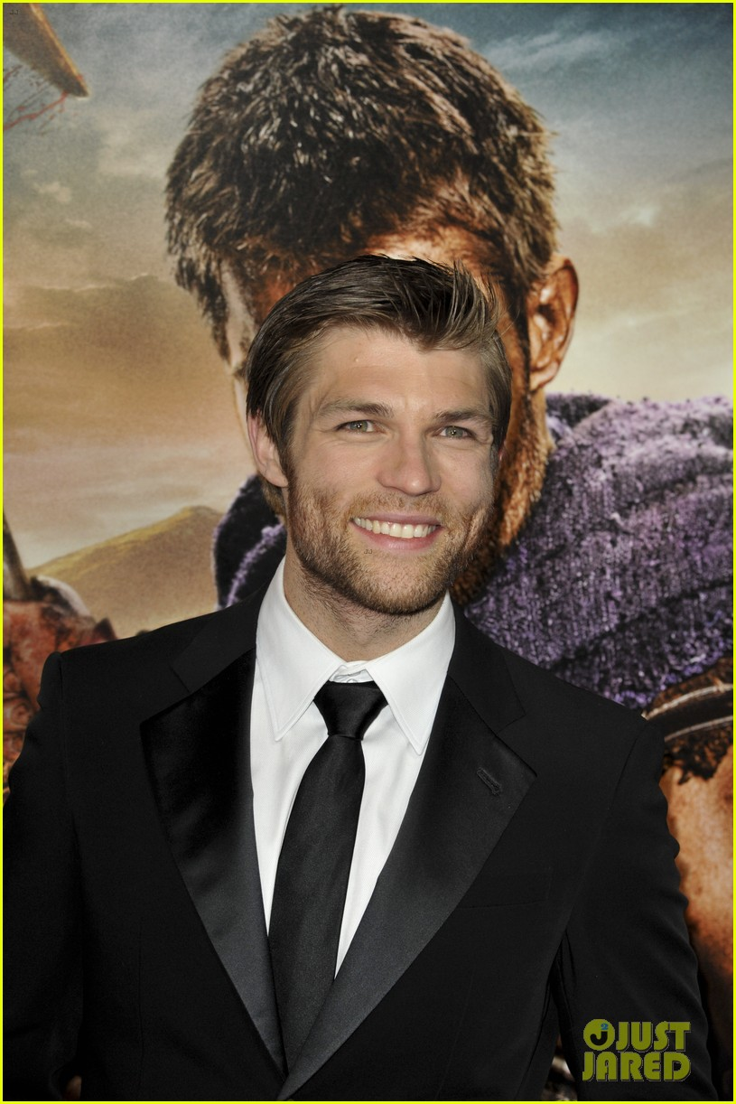 liam mcintyre spartacus war of the damned premiere 23