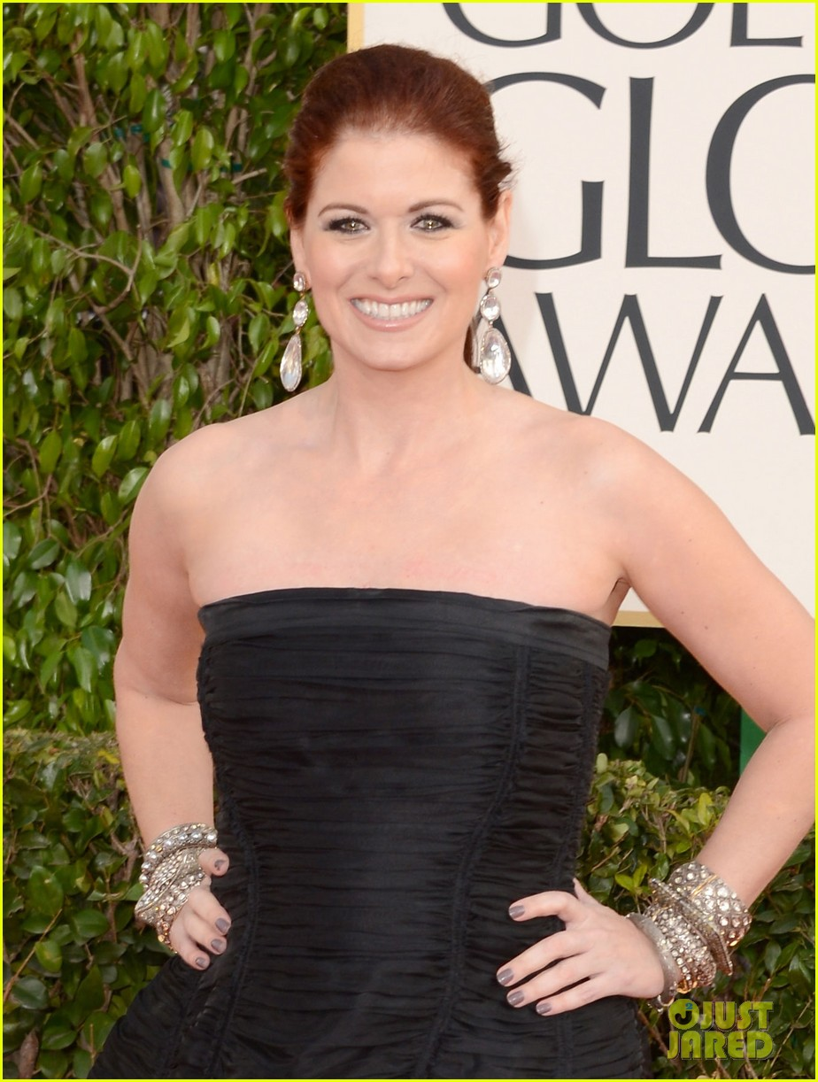 debra messing jack davenport golden globes 2013 red carpet 062790839