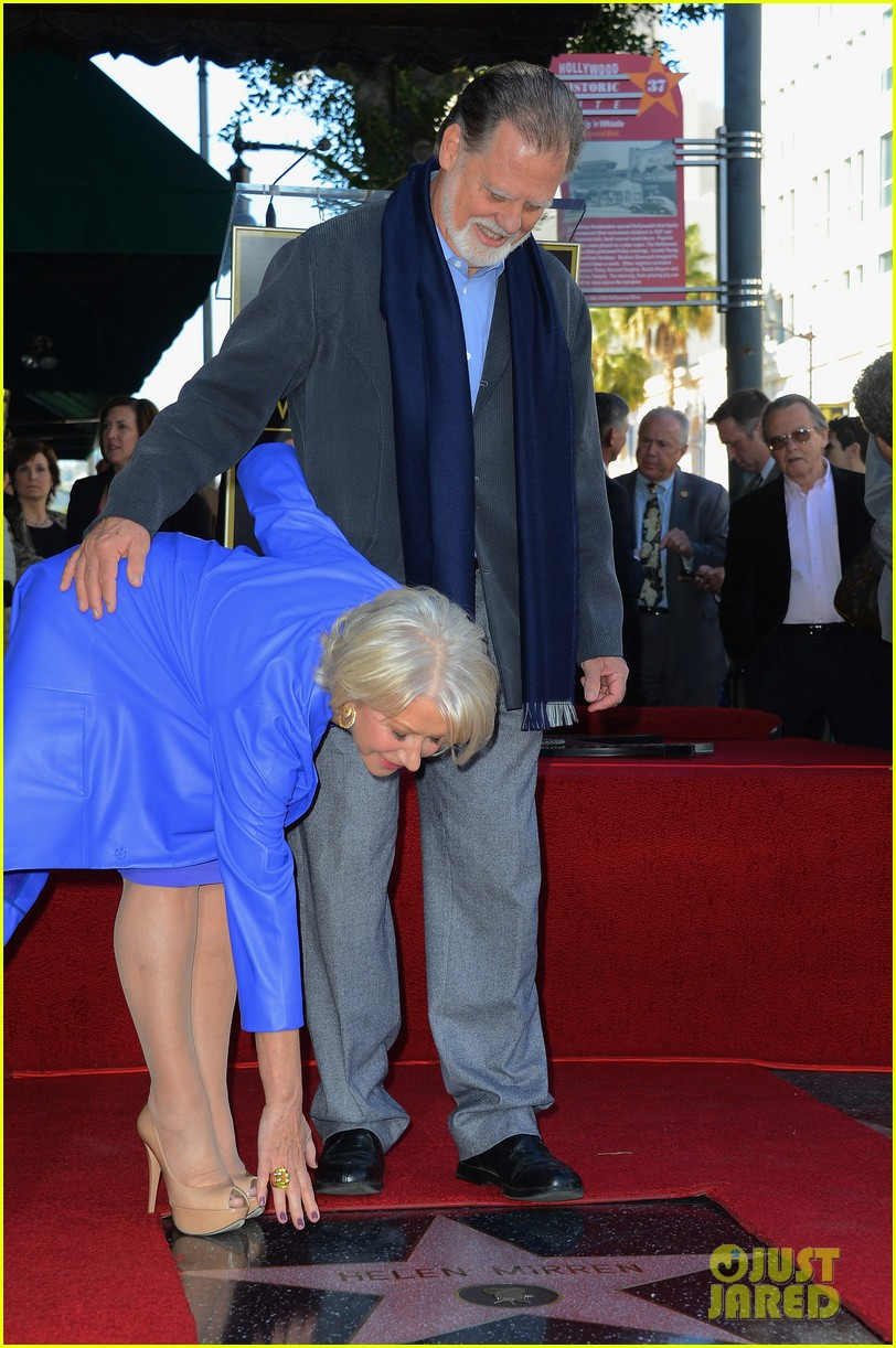 helen mirren receives star on hollywood walk of fame 18