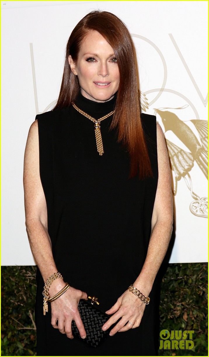 julianne moore dita von teese lovegold pre golden globes party 01