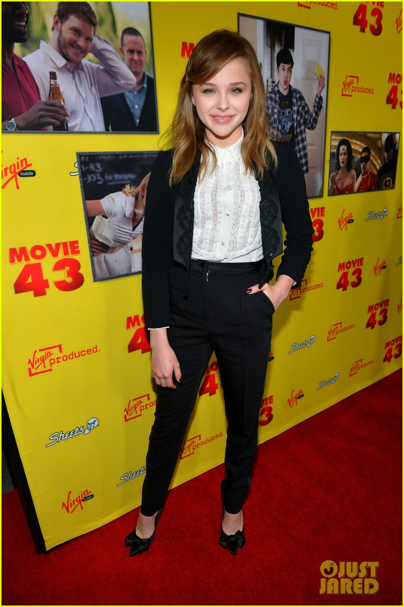 chloe moretz ashley tisdale movie 43 premiere 01