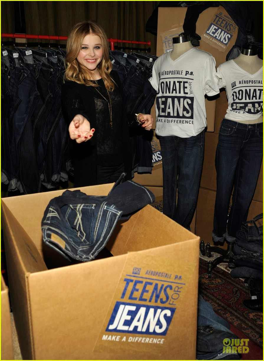 chloe moretz teens for jeans host 10