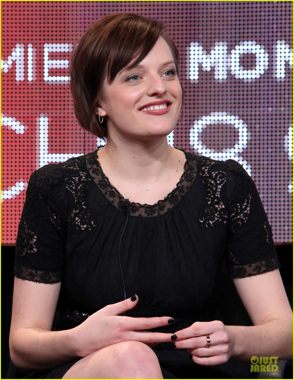 elisabeth moss top of the lake tca panel 27