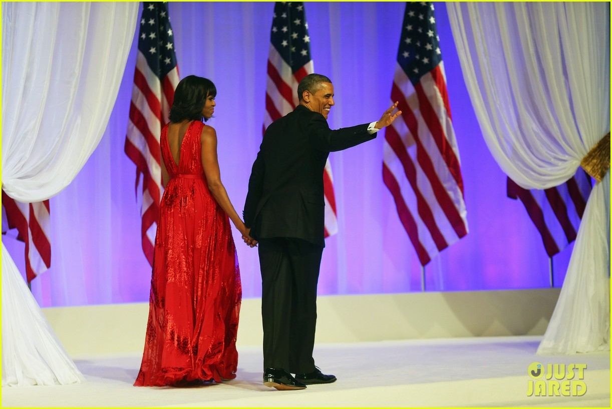 president barack obama michelle inaugural ball dance video 08