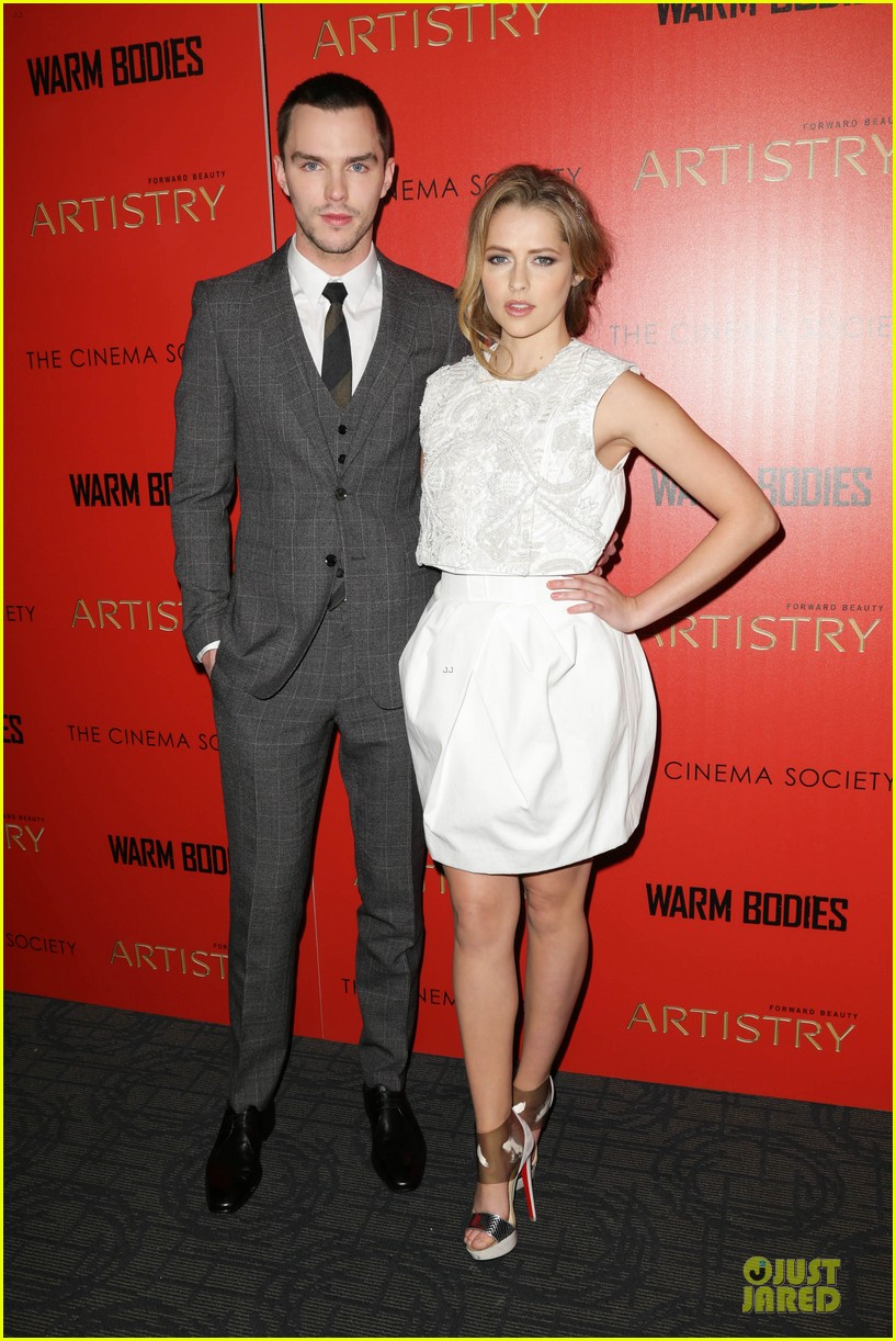 teresa palmer nicholas hoult warm bodies new york premiere 03