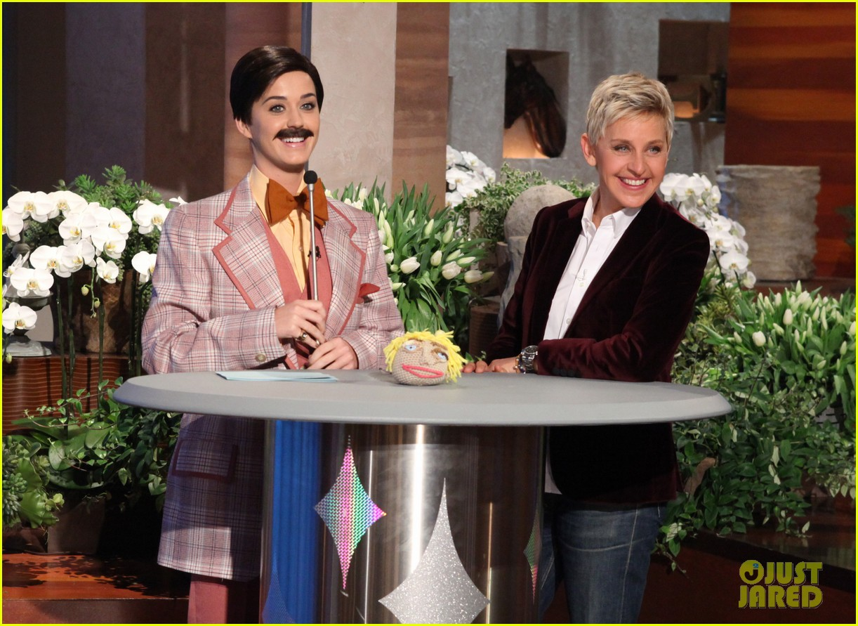 katy perry cross dressed for ellen before pop chips event 01