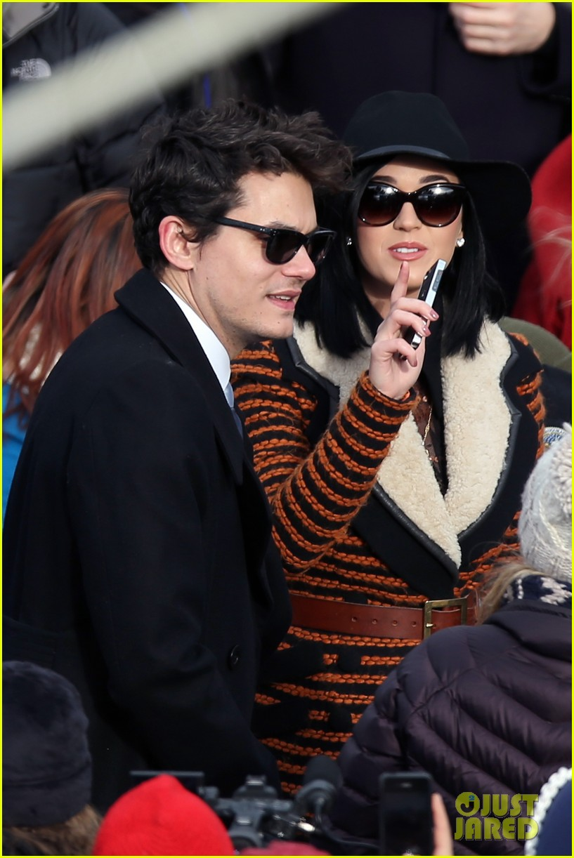 katy perry john mayer attend official presidential inaguration 03