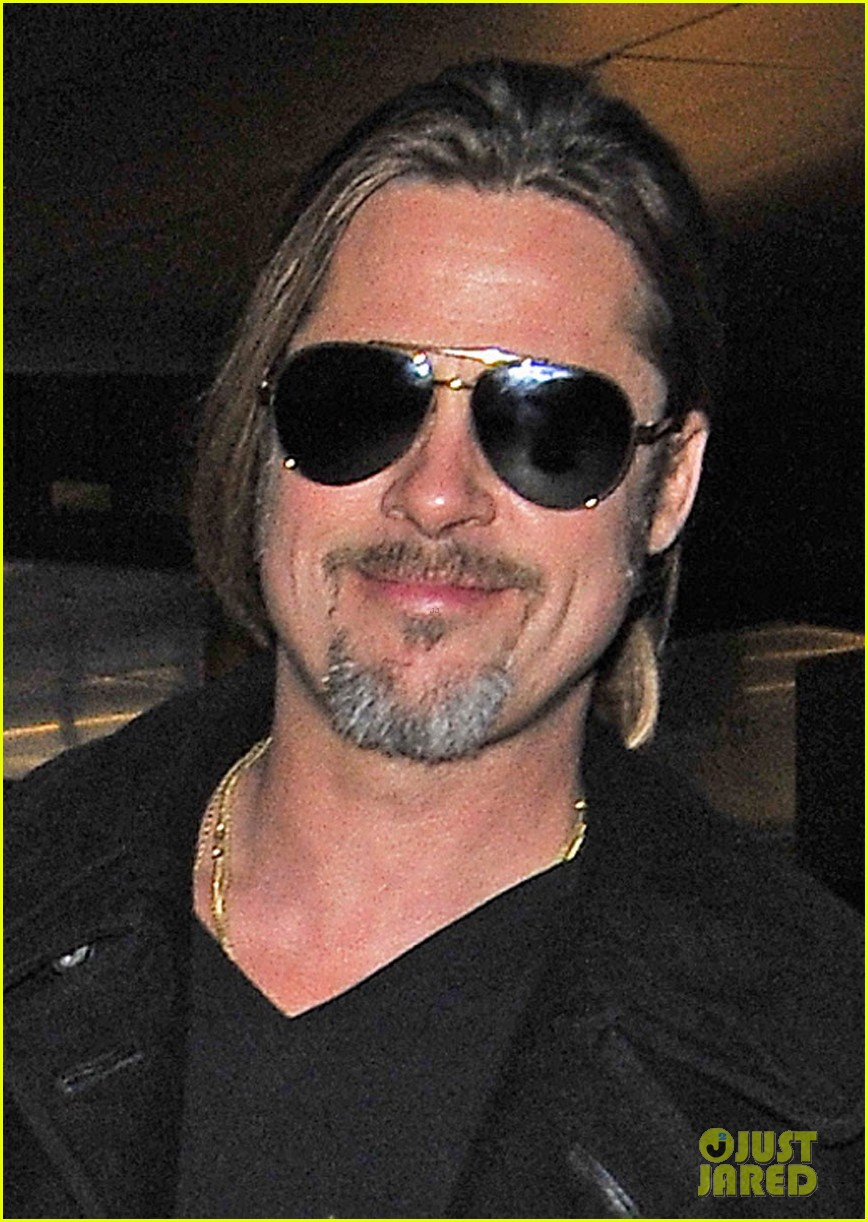 brad pitt solo touch down in los angeles 032802059