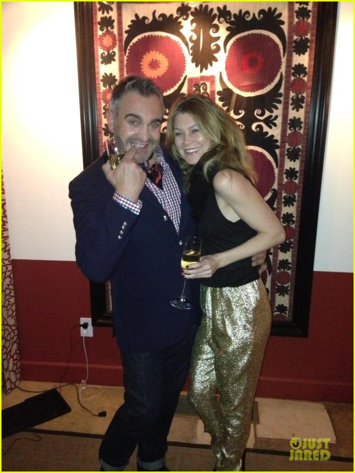 ellen pompeo new years eve golden gal 03