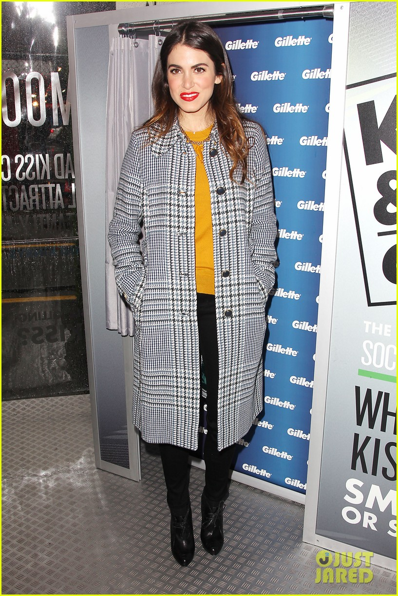 nikki reed kiss tell event for gillette 20
