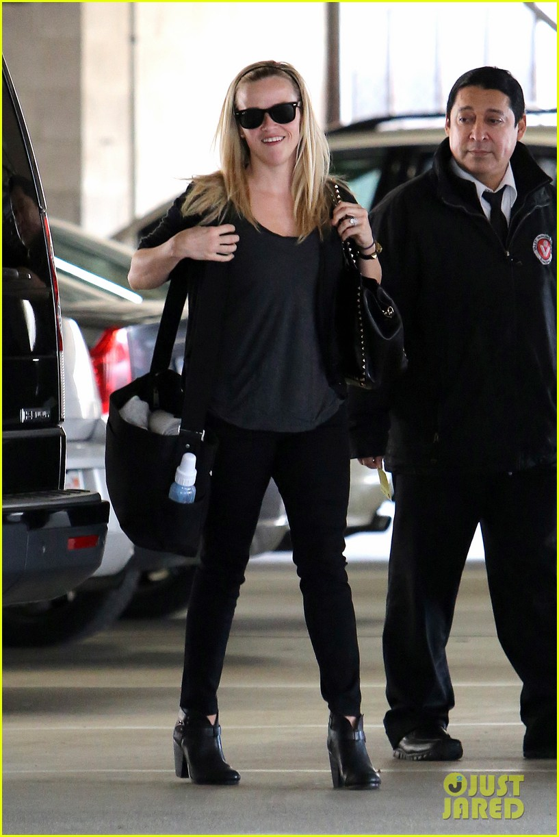 reese witherspoon doctors appointment with tennessee 082800825