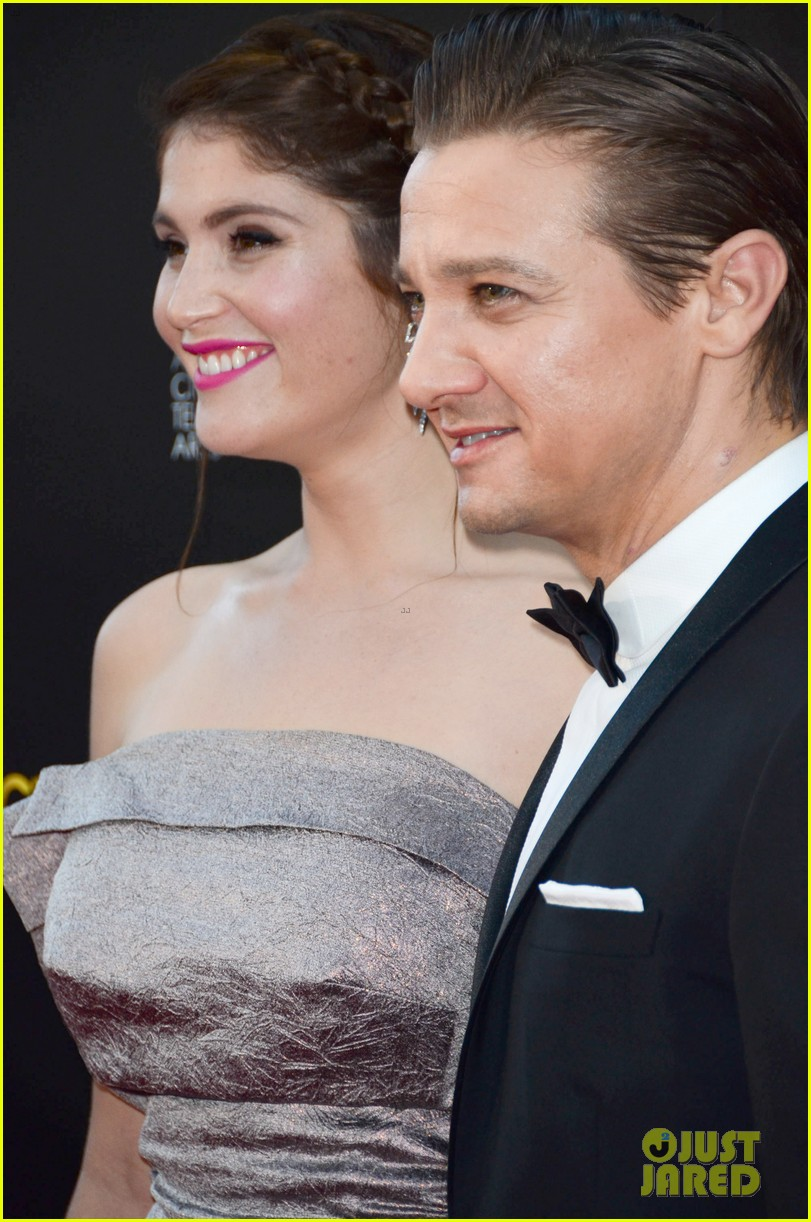 jeremy renner gemma arterton aacta awards attendees 01