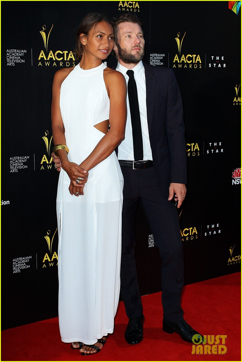 jeremy renner gemma arterton aacta awards attendees 082801216