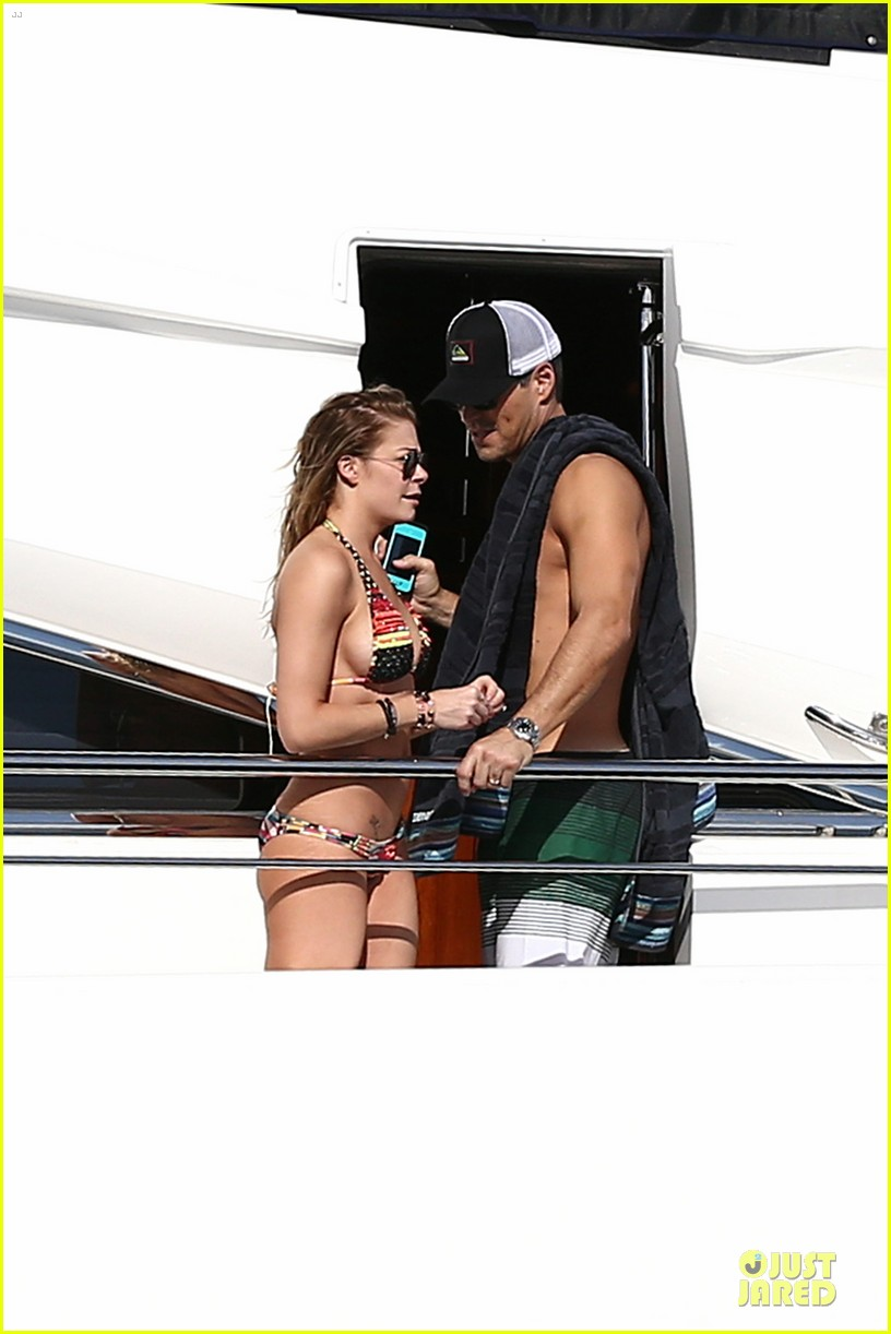 leann rimes bikini kissing with shirtless eddie cibrian 11