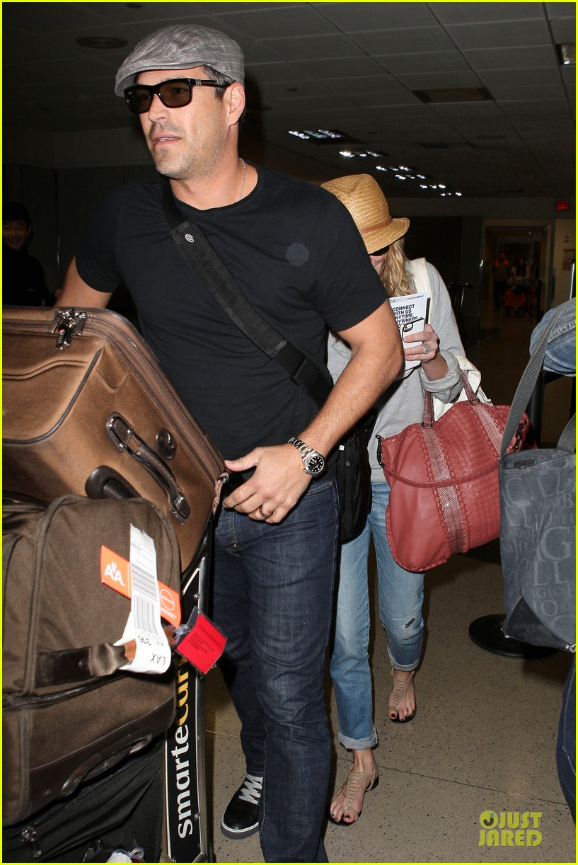 leann rimes traveling sick with eddie cibrian 232785037