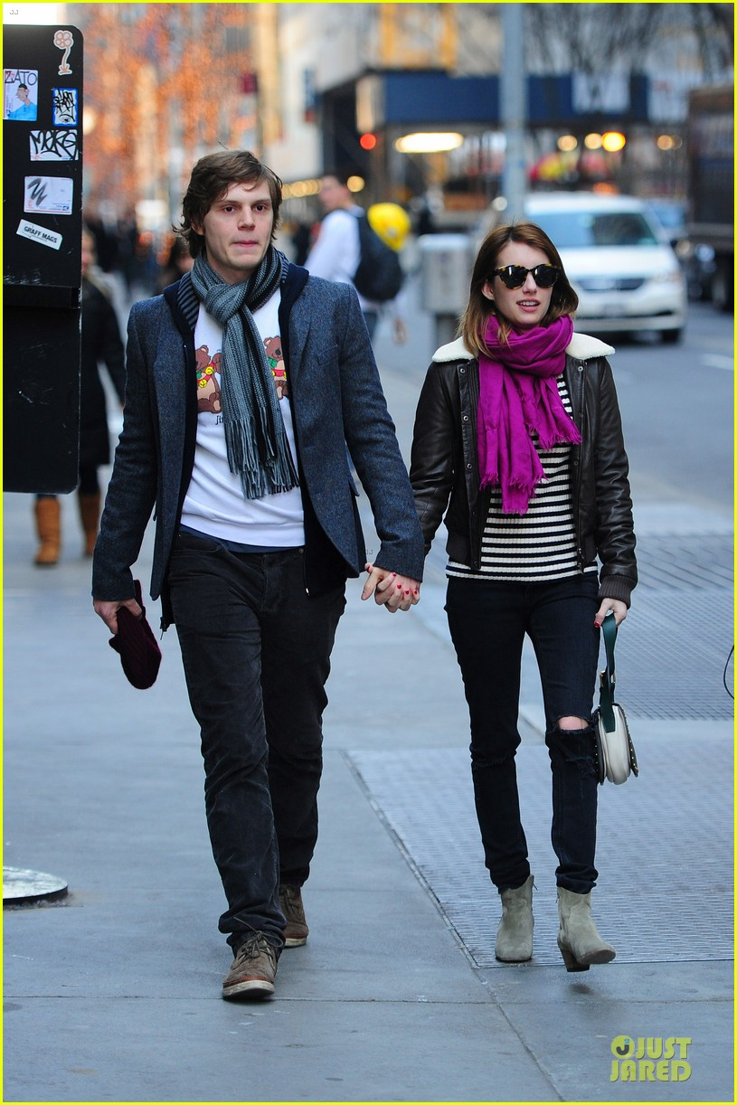 emma roberts & evan peters modern museum of modern art visit 03