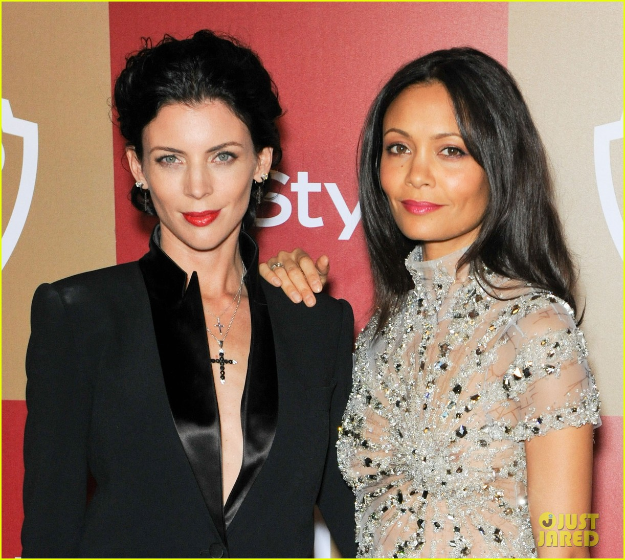 liberty ross thandie newton instyle golden globes party 27