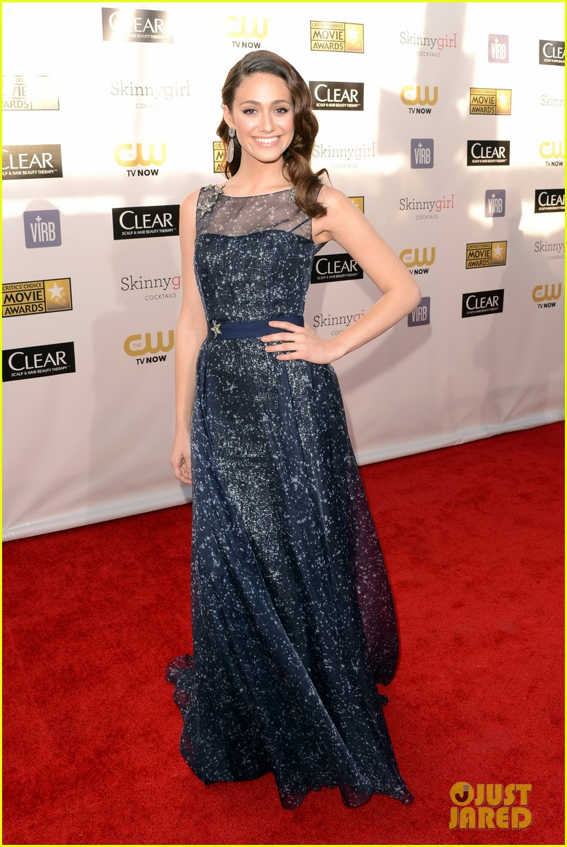 emmy rossum critics choice awards 2013 red carpet 05