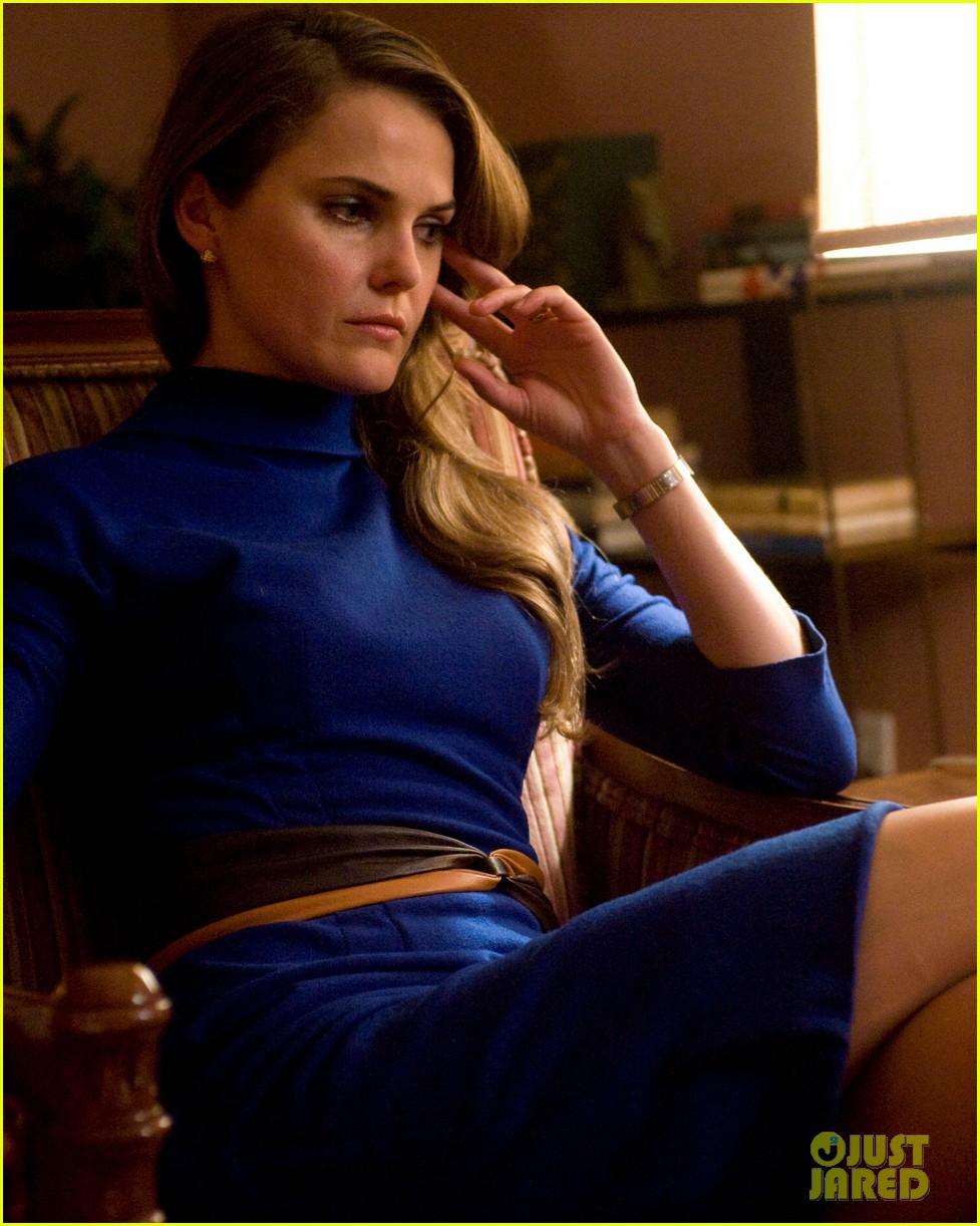 keri russell the americans pilot stills released 04