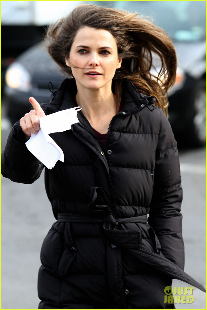 keri russell the americans pilot stills released 19
