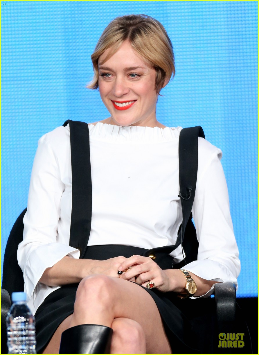 chloe sevigny & carrie brownstein porlandia tca panel 112785110